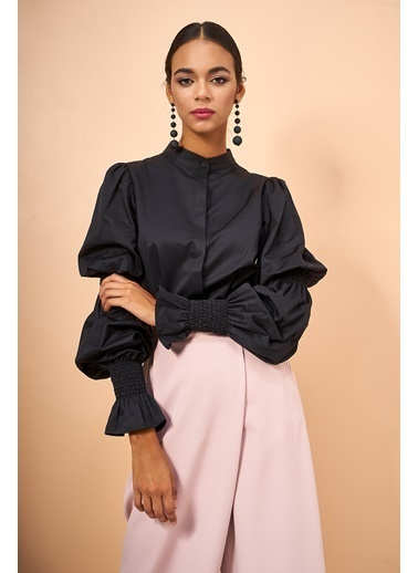 Eda Atalay Kol Detaylı Gömlek Siyah